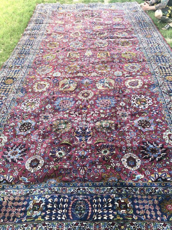 Antiker großer persischer Teppich