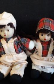 Ein Puppenpärchen
