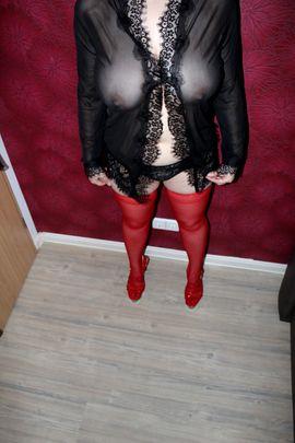 Nylons Catsuit Tanga Slip Body: Kleinanzeigen aus Münchberg - Rubrik Fetischartikel, Getragene Wäsche
