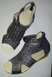 Sandalen schwarz mit Glitzer Effekt