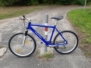 Fahrrad MTB sehr gut gepflegt