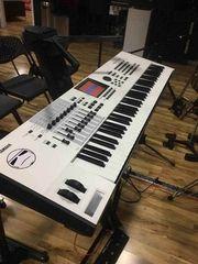 Yamaha Motif XF7 Keyboard Synthesizer