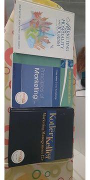 Biete Bücher für das Tourismus
