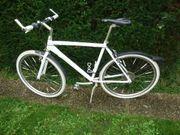28 Zoll Weißes Design Trekkingrad