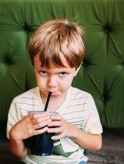 Energiegeladener Sechsjähriger sucht eine empathische