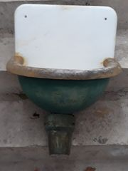 antikes waschbecken ca 100 jahre