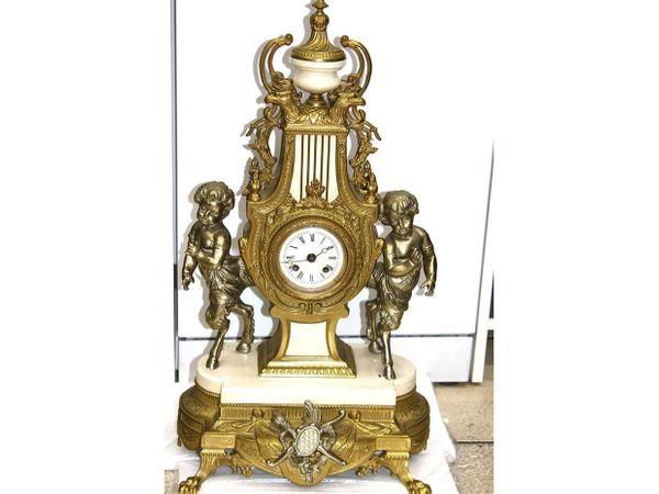 Pendule Pendeluhr italienisch Feuer-Vergoldete Bronze
