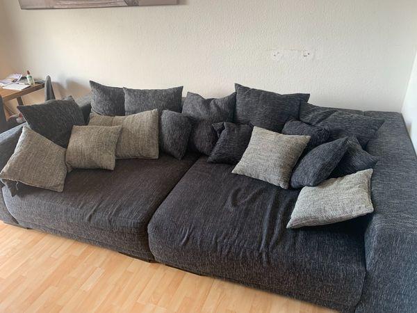 Sofa Couch abzugeben
