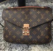 Louis Vuitton Pochette Metis Tasche