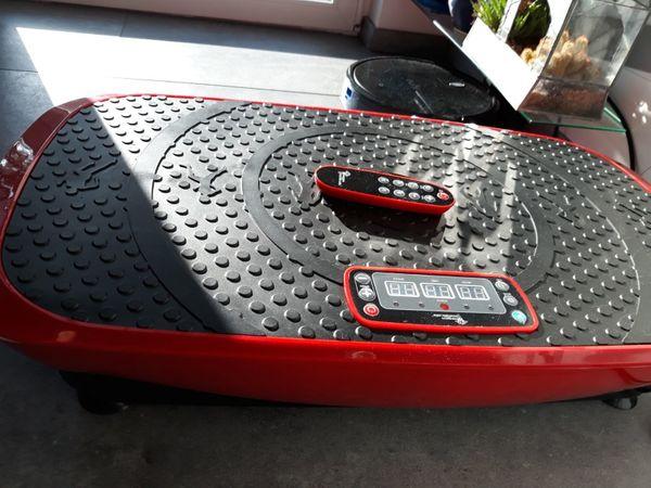 150. -EUR unter Neupreis - 3D- extrabreite Vibrationsplatte