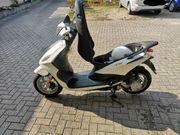 Roller Piaggio Fly