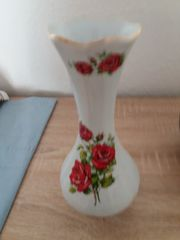 Porzellan Vase mit Goldrand und