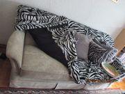 Schlaf- Couch und Sessel neuwertig