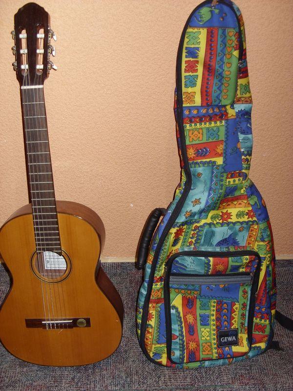 3 4-Kindergitarre Hellweg