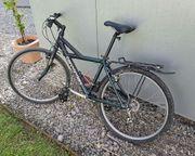 Trekking-Fahrrad