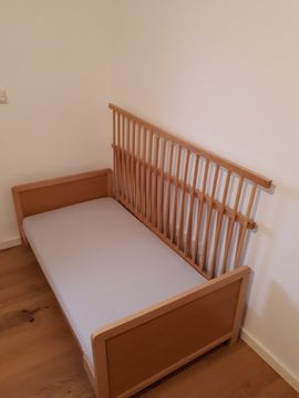 Baby- und Kinderbett: Kleinanzeigen aus Feucht - Rubrik Betten