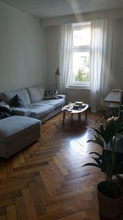 Neuwertige Couch nur ca 2