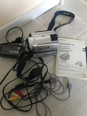 Sony Handycam DCR-SR30E Digital Video