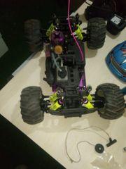 Monstertruck Hubschrauber