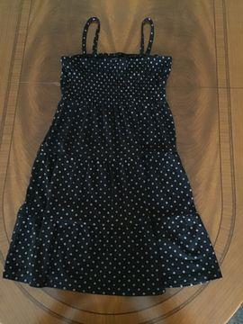 Schönes Kleid in der Größe 146 / 152