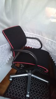 4 ergonomische Dreh- Bürosessel m