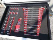 Werkzeugwagen mit 245 Werkzeugen Abschließbar