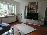 Schöne neuwertige Wohnwand zu verkaufen