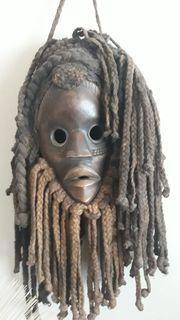 Einzigartige afrikanische Holz-Masken Paket 2
