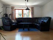 Leder Couch und Stuhl
