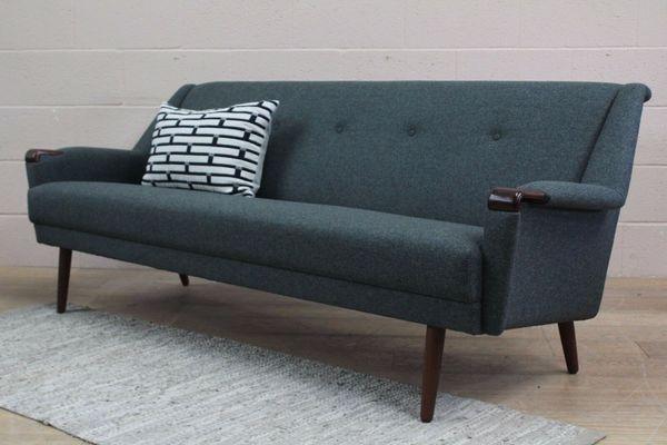 Original restauriertes dänisches Midcentury-Sofa aus