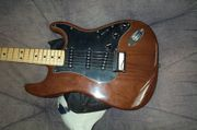 FENDER USA orig 1978 WALNUT