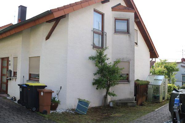 Doppelhaushälfte in Unterensingen