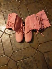 Stiefel in rosa