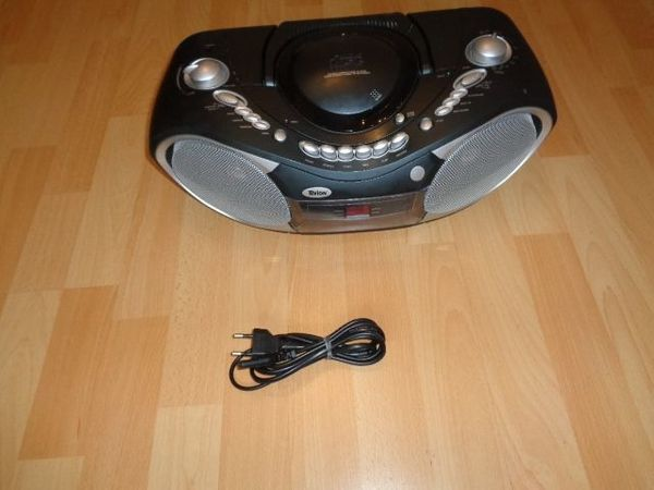 Stereo-Radiorecorder mit CD-Player Kassette Tevion
