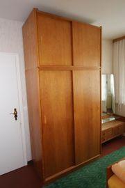 DDR Schlafzimmerschrank mit Aufsatz 2-Türig