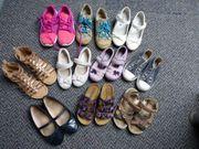 Mädchenschuhe und Sandalen Gr 26