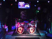 Schlagzeuger 52 sucht Musiker für