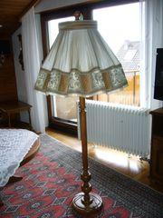 Verkaufe schöne Stehlampe