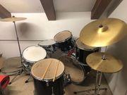Schlagzeug - Neuwertig