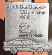 Alter Audi Schlüsselanhänger DER DOPPEL-WELTMEISTER