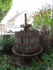 Alte Weinkelter Weinpresse
