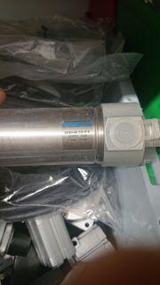 Pneumatik Zylinder Festo DSNU-40-150-PA neu