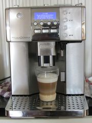 Kaffeevollautomaten DeLonghi PrimaDonna ESAM 6620-TOP
