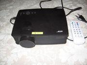 Beamer HTP Heimkino Projektor