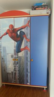 Spiderman Kleiderschrank