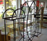 Diverse Verkaufsregale - Glas und Metall