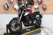 Honda CB 650R Sportbike Motorrad