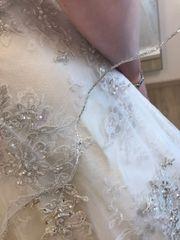 Märchenhaftes Brautkleid von Demetrios