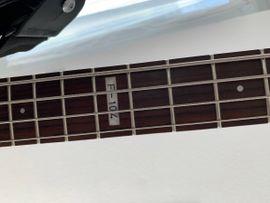 E-Bass Gitarre: Kleinanzeigen aus St Leon-Rot - Rubrik Gitarren/-zubehör