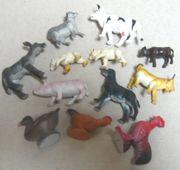 12 unterschiedliche Tiere Konvolut sehr